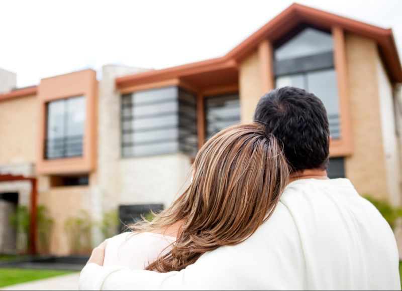 Prepare for the closing date by meeting your mortgage and sale conditions